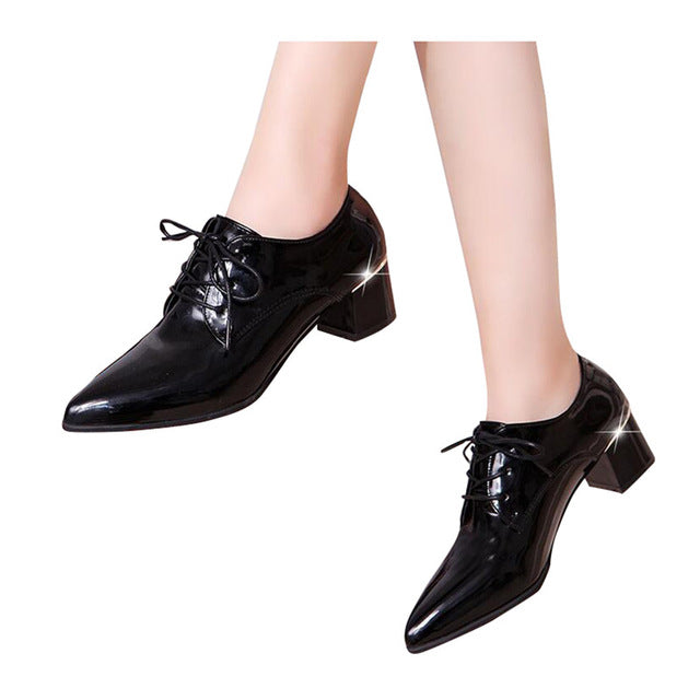 Women's Pointed Toe Leather Fashion Lace-up