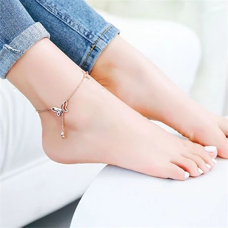 BUTTERFLY PENDANT ANKLETS