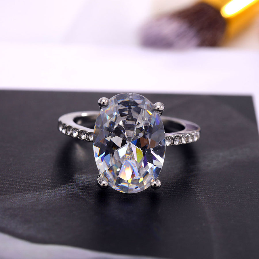 White Silver Zircon Ring Lady