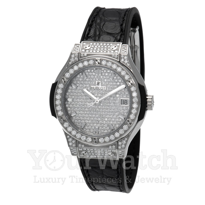 Hublot Classic Fusion Quartz Full Diamond Case 33mm Ladies Watch