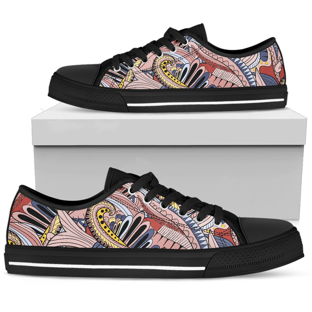 Funky Patterns in Pinks - Women's Low Top Shoes (Black)