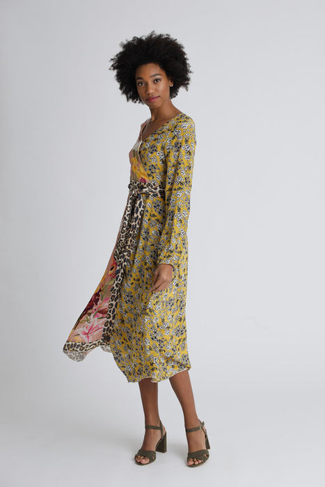 Dress wild flower patch print