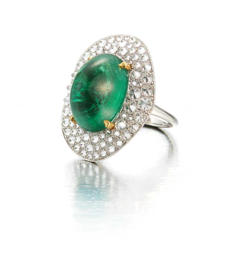 "Carvin French ""Potato Chip"" Emerald ring"