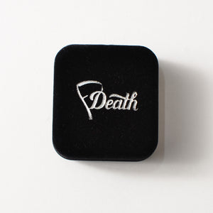 FASHIONABLE DEATH - SICK WORLD PIN