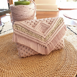 Egyptian cotton macrame clutch in Pearl