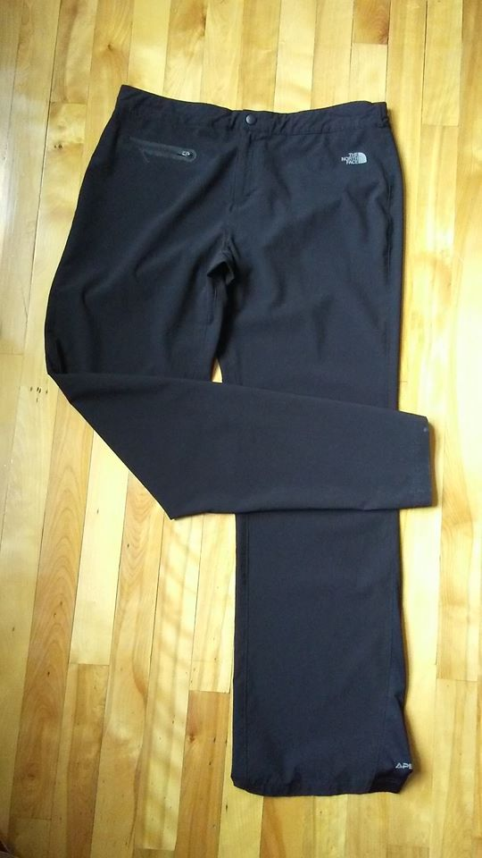 Pantalon noir The North Face gr12