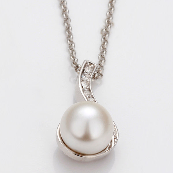 Necklace 18K White Gold Plated Ivory Pearl Spiral
