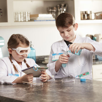M&D Scientist Role Play Set