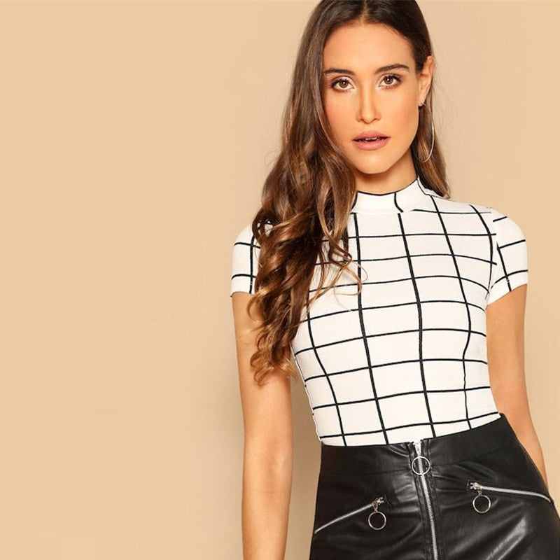 Black And White Plaid Short Sleeve Crop-Top