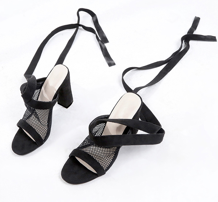 Bandage Cross Strap Chunky Heel Sandals - UnequelyUs