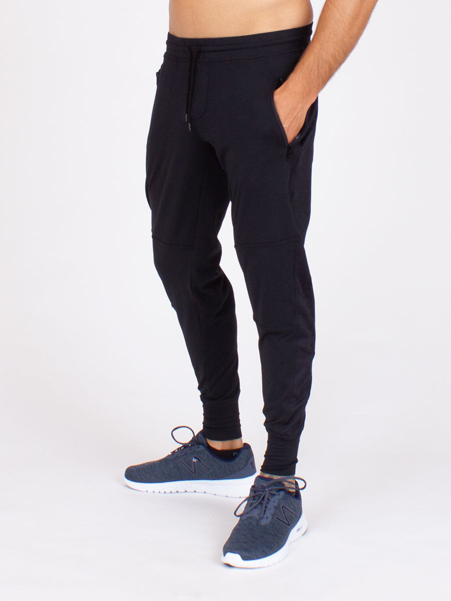 The Men's Everyday Pant in Black