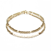 Load image into Gallery viewer, pearl line and golds beads bracelet