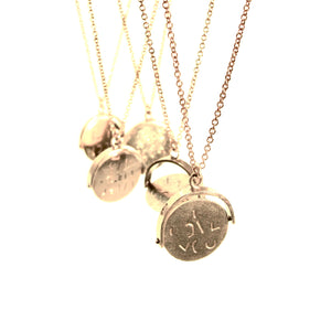 "vintage solid gold spinner charm ""good luck"" necklace"
