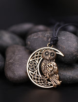 Wicca Goddess Crescent Moon Pendant Owl Necklace