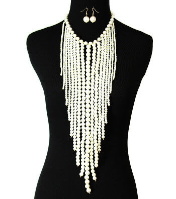 Theme Pearl Necklace Set