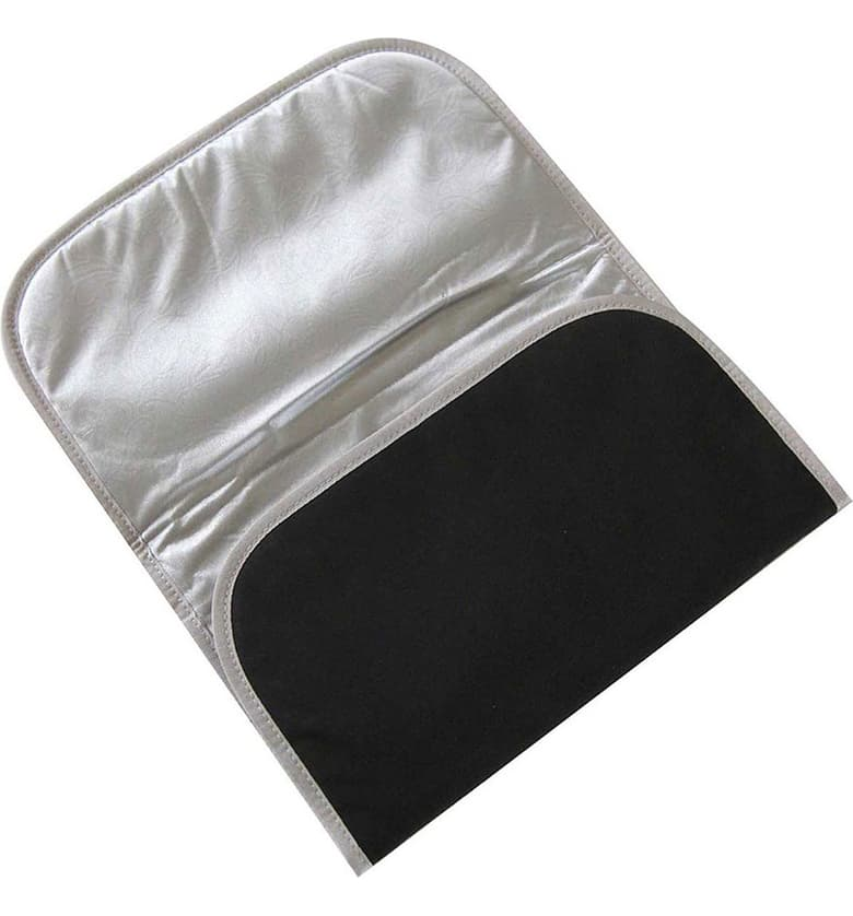 Ju-Ju-Be Black/Silver Changing Pad