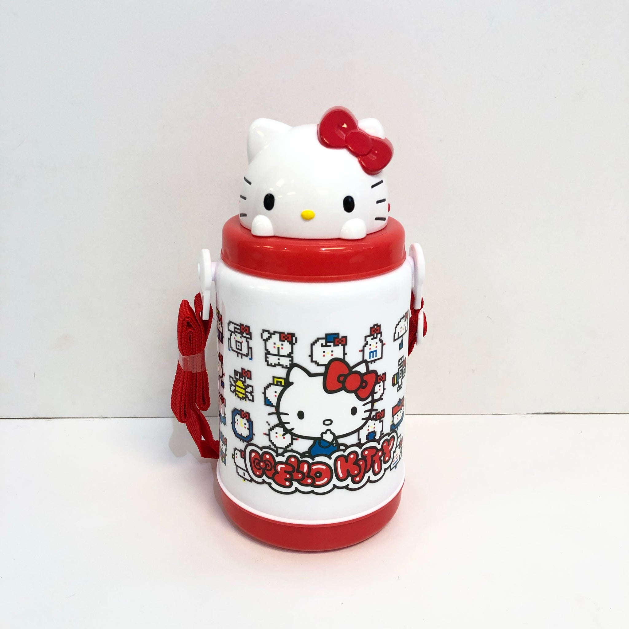 Hello Kitty 45th Anniversary Pop-Up Straw Bottle