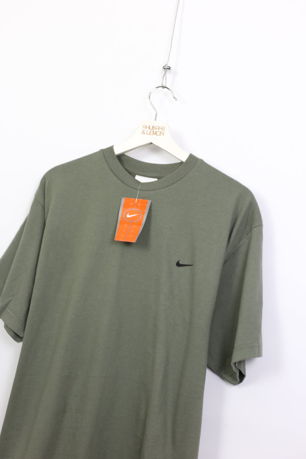 Nike Early 00's Deadstock T-Shirt - Large