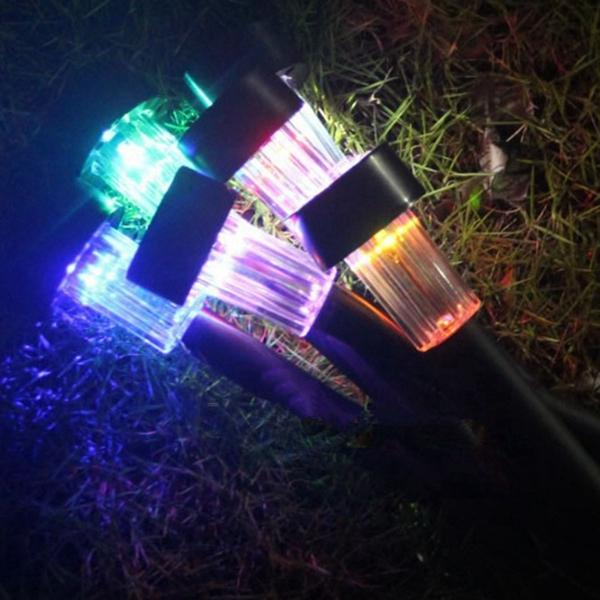 Waterproof Solar Powered Plastic LED Lawn Light