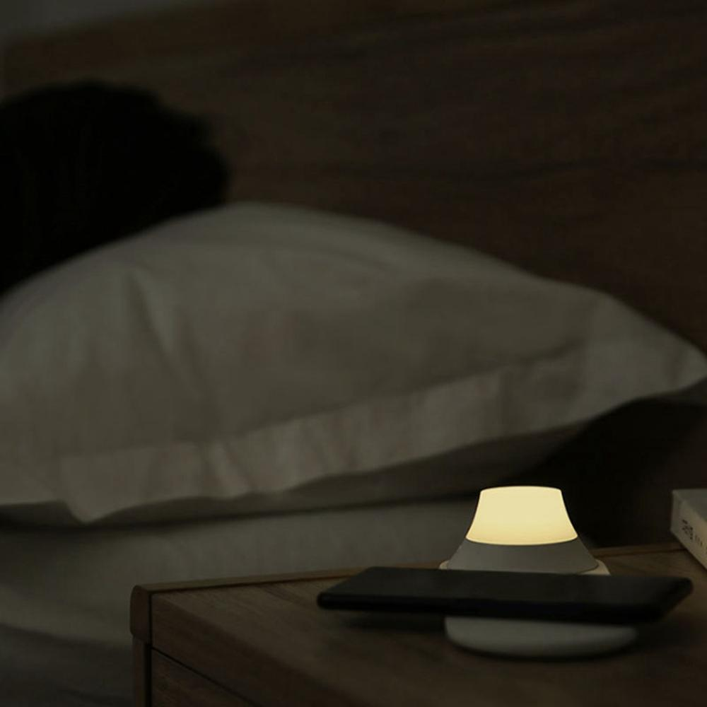 Wireless Charger with LED Night Light - Charger with LED Light - Fast Charger