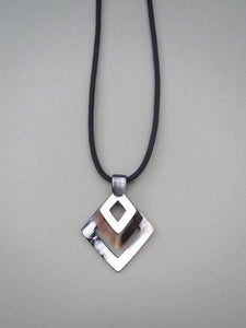 Pendant Necklace HPN-010