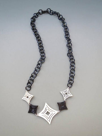 Black And White Necklace HSN-011