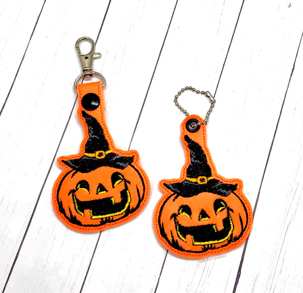 Pumpkin in Hat Eyelet Fob & Snap Tab