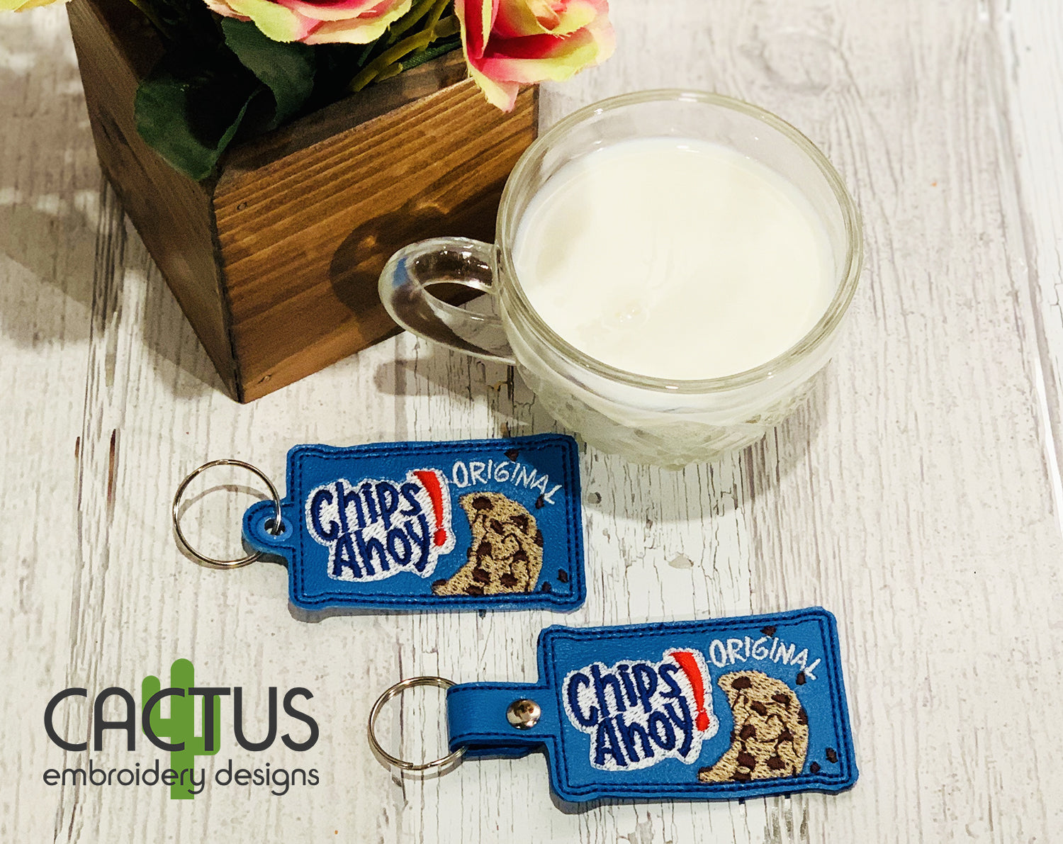 CA Cookie Snap Tab & Eyelet Fob