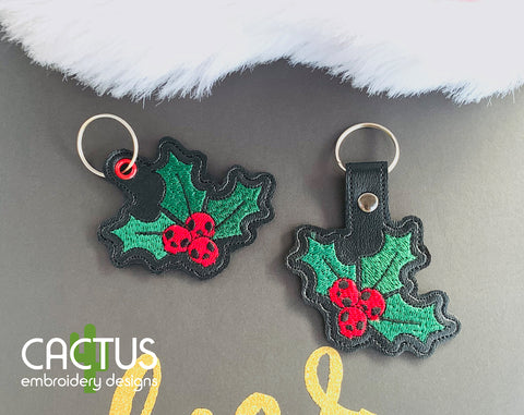 Christmas Holly Skulls Snap Tab & Eyelet Fob