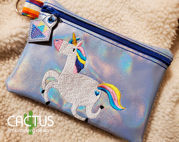 Unicorns Set of Zipper Bags, Charm\Zipper Pull & Sanitizer Holder