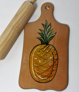 Cutting board with Pineapple