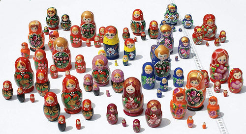 Cute Nesting Stacking Wooden Dolls Matryoshka Babushka