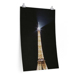 Eiffel in Love - Vertical Print