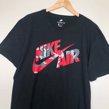 Load image into Gallery viewer, Nike t-shirt (XL)