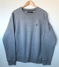 Load image into Gallery viewer, Nautica sweatshirt (L)