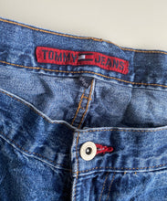 Load image into Gallery viewer, Tommy Hilfiger jeans