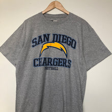 Load image into Gallery viewer, NFL Chargers t-shirt (L)