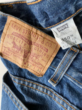 Load image into Gallery viewer, Levi's 550