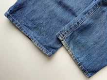 Load image into Gallery viewer, Chaps Denim jeans