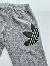 Load image into Gallery viewer, Adidas joggers (M)