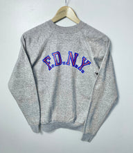 Load image into Gallery viewer, American College sweatshirt (XXS)