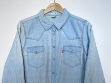 Load image into Gallery viewer, Levi's shirt (XL)