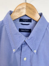 Load image into Gallery viewer, Nautica shirt (L)