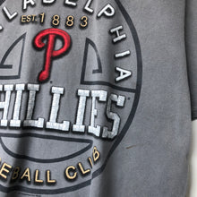 Load image into Gallery viewer, MLB Philadelphia Phillies t-shirt (L)
