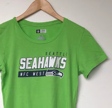 Load image into Gallery viewer, Seatle Seahawks NFL t-shirt