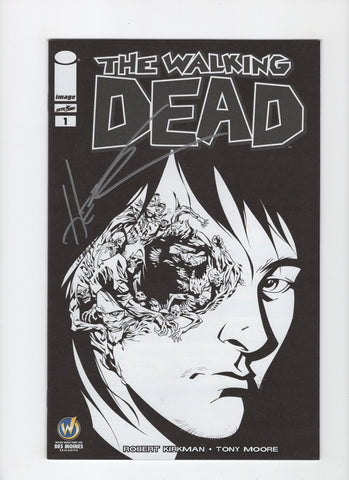 Walking Dead #1 Wizard World Des Moines B/W Variant - Signed Hester - VF/NM