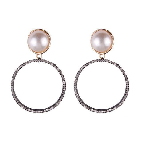 Clara Pearl & Crystal Earrings - Yesines.com
