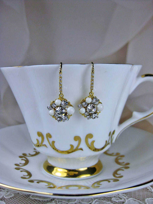 Pearl Wedding Earrings - gold