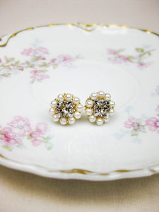 Kennedy Post Earrings in Gold/Lt Silk/Cream Rs - e454