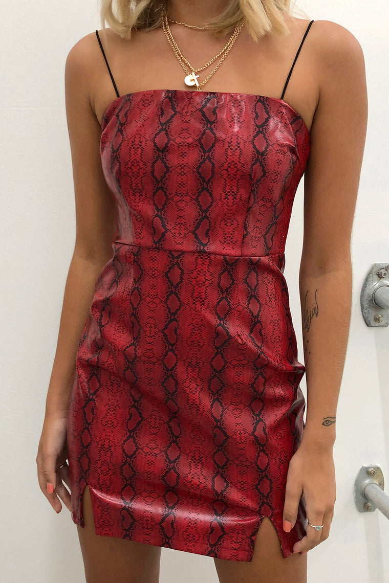 COBRA DRESS - RED